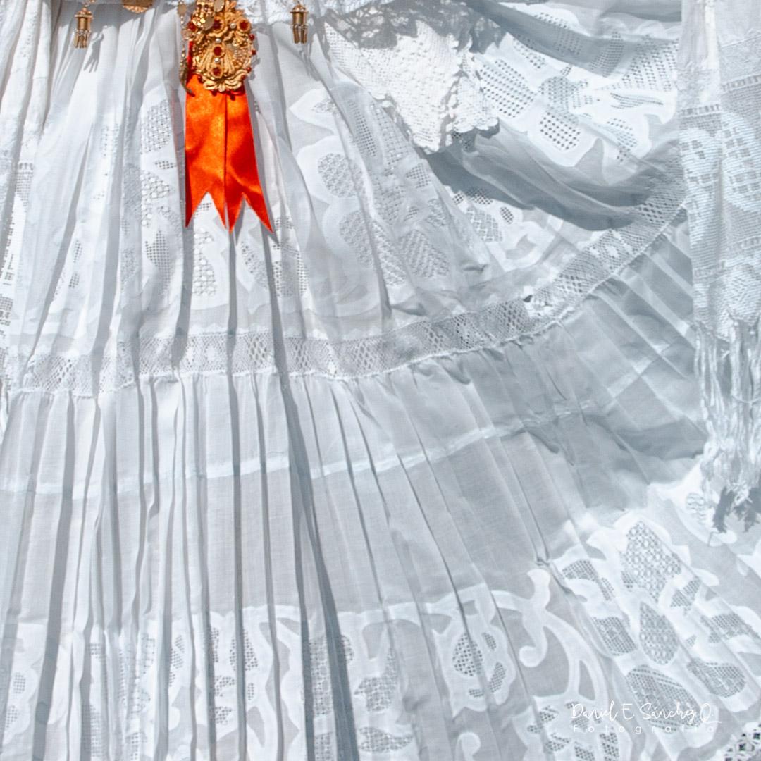 Pollera de gala blanca - Mil Polleras