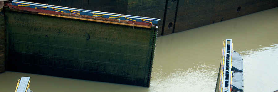 Compuertas del Canal de Panamá
