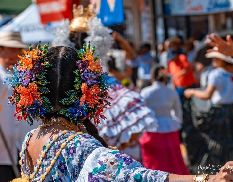 Desfile de las Mil Polleras en Las Tablas - Pollera Panameña