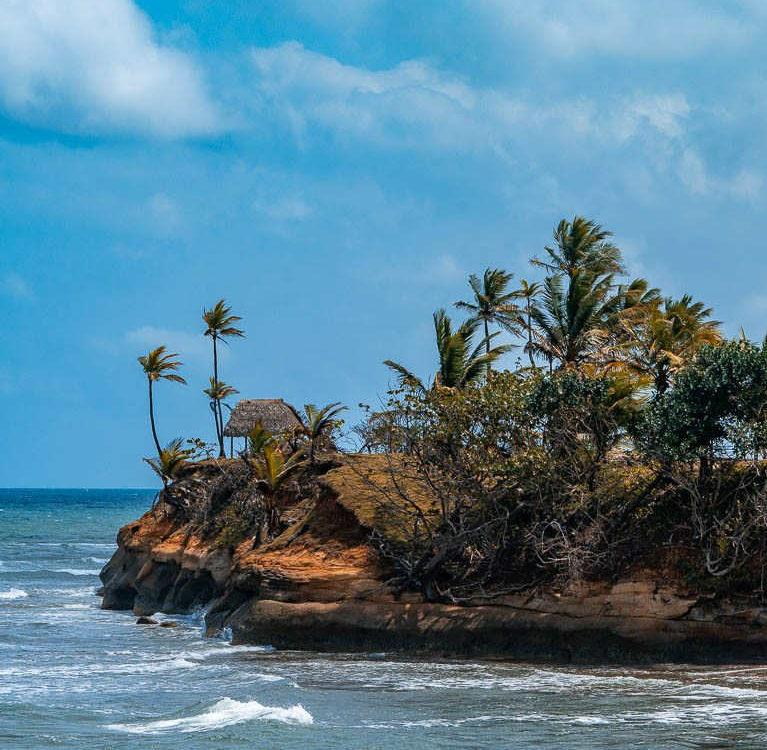 Costa Abajo de Colón