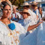 Pollera de gala blanca - Desfile de las Mil Polleras - Enero de 2016 - Pollera Panameña