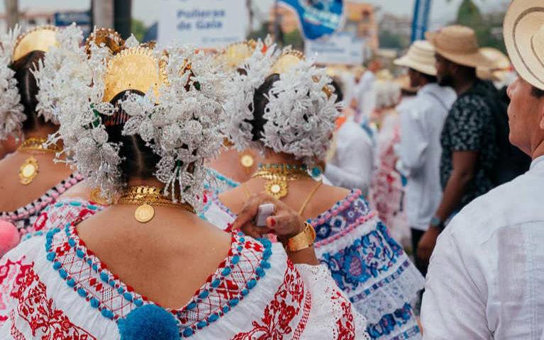 Polleras de gala - Desfile de las MIl Polleras 2020