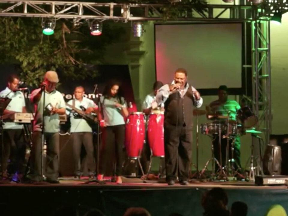 Arcadio Molinar - Combos Nacionales