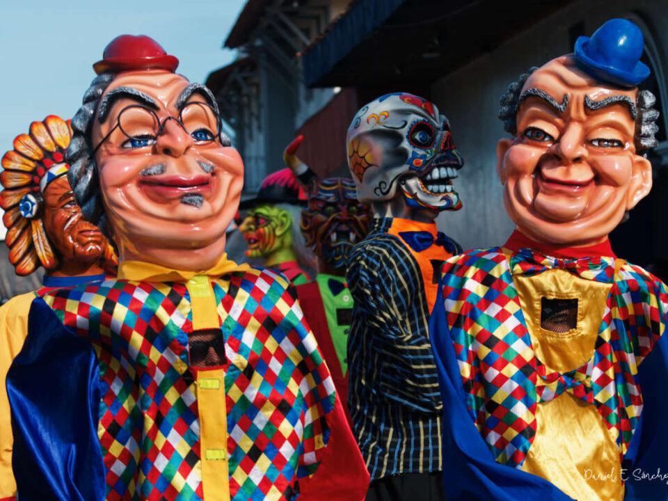 Chapetones en desfile en La Villa de Los Santos