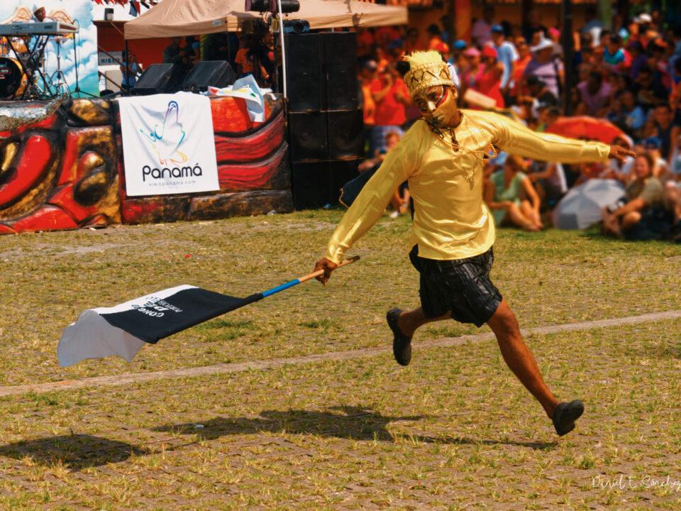 El Pajarito en el baile congo - Festival de Congos y Diablos